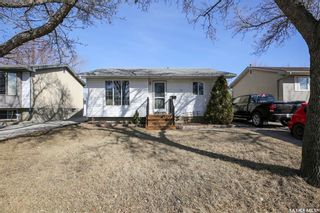 Photo 2: 1726 7th Avenue East in Regina: Glencairn Residential for sale : MLS®# SK847114