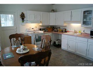 Photo 9: 812 Wollaston St in VICTORIA: Es Old Esquimalt House for sale (Esquimalt)  : MLS®# 702085