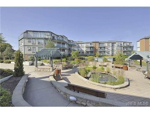 Main Photo: 207 898 Vernon Ave in VICTORIA: SE Swan Lake Condo for sale (Saanich East)  : MLS®# 732767