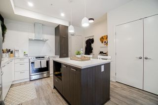 """Photo 5: B106 20087 68 Avenue in Langley: Willoughby Heights Condo for sale in """"PARK HILL"""" : MLS®# R2573091"""