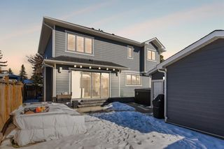 Photo 44: 25 Windermere Road SW in Calgary: Wildwood Detached for sale : MLS®# A1073036