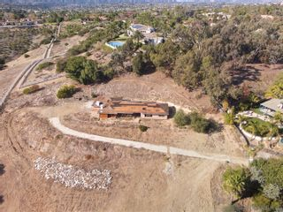Photo 5: OLIVENHAIN House for sale : 4 bedrooms : 3572 Copper Crest Rd in Encinitas