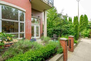 "Photo 26: 111 2970 KING GEORGE Avenue in Surrey: King George Corridor Condo for sale in ""Watermark"" (South Surrey White Rock)  : MLS®# R2467675"