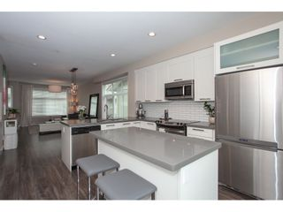 """Photo 9: 41 20966 77A Avenue in Langley: Willoughby Heights Townhouse for sale in """"Natures Walk"""" : MLS®# R2383314"""