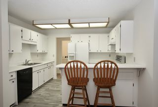 Photo 12: 210 32910 Amicus Place in Abbotsford: Central Abbotsford Condo for sale