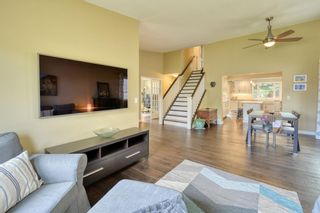 Photo 7: 104 Stratton Hill Rise SW in Calgary: Strathcona Park Detached for sale : MLS®# A1120413