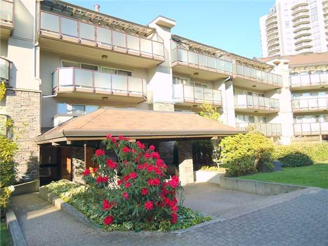 Main Photo: 119 4373 Halifax Street in Burnaby: Brentwood Park Condo for sale (Burnaby North)  : MLS®# V939457