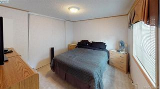 Photo 15: B7-920 Whittaker Road  |  Mobile Home For Sale