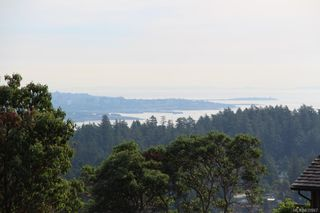 Photo 2: 747 Grousewood Pl in Colwood: Co Triangle Land for sale : MLS®# 830967