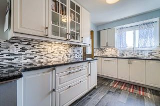 Photo 7: 11 Pridham Court in Ajax: South West House (2-Storey) for sale : MLS®# E4872235