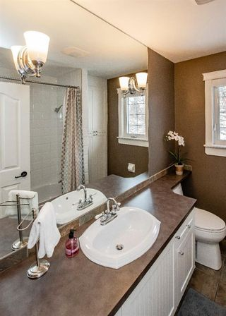 Photo 32: 704 Willingdon Boulevard SE in Calgary: Willow Park Detached for sale : MLS®# A1070574