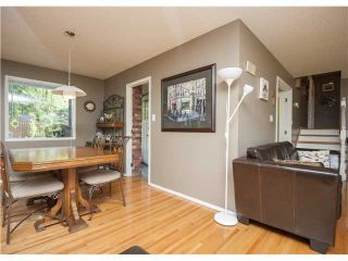 Photo 5: 228 OAKHILL Place SW in CALGARY: Oakridge Residential Detached Single Family for sale (Calgary)  : MLS®# C3581744
