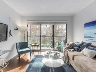 "Photo 3: 307 2120 W 2ND Avenue in Vancouver: Kitsilano Condo for sale in ""ARBUTUS PLACE"" (Vancouver West)  : MLS®# R2240959"