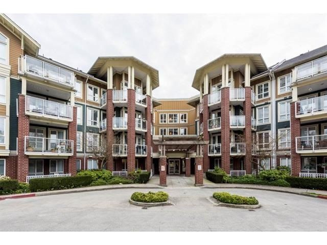 """Main Photo: 415 14 E ROYAL Avenue in New Westminster: Fraserview NW Condo for sale in """"VICTORIA HILL"""" : MLS®# R2320598"""