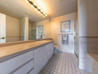 Photo 13: 701 6888 STATION HILL DRIVE in Burnaby: South Slope Condo for sale (Burnaby South)  : MLS®# R2550847