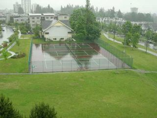 """Photo 8: 706 6622 SOUTHOAKS CR in Burnaby: Middlegate BS Condo for sale in """"THE GIBRALTER"""" (Burnaby South)  : MLS®# V595157"""