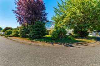 Photo 25: 45352 LENORA Crescent in Chilliwack: Chilliwack W Young-Well House for sale : MLS®# R2615395