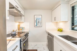 Photo 9: 2205 1238 MELVILLE Street in Vancouver: Coal Harbour Condo for sale (Vancouver West)  : MLS®# R2625071