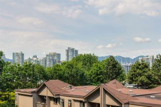 "Photo 4: 616 518 MOBERLY Road in Vancouver: False Creek Condo for sale in ""NEWPORT QUAY"" (Vancouver West)  : MLS®# R2285500"