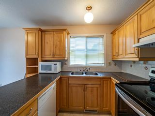 Photo 6: 547 Sabrina Road SW in Calgary: Southwood Detached for sale : MLS®# A1146796