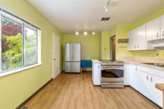 Photo 9: 1061 PROSPECT Avenue in North Vancouver: Canyon Heights NV House for sale : MLS®# R2620484