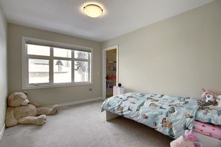 Photo 24: 309 26 Avenue NE in Calgary: Tuxedo Park Semi Detached for sale : MLS®# A1070057