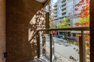 """Photo 17: TH16 1501 HOWE Street in Vancouver: Yaletown Townhouse for sale in """"OCEAN TOWER AT 888 BEACH"""" (Vancouver West)  : MLS®# R2528956"""