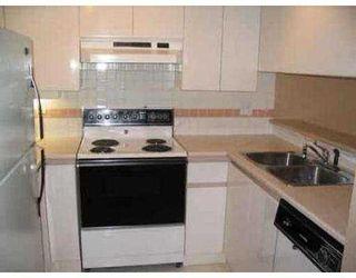 "Photo 4: 304 7465 SANDBORNE AV in Burnaby: South Slope Condo for sale in ""SANDBORNE HILL"" (Burnaby South)  : MLS®# V545655"