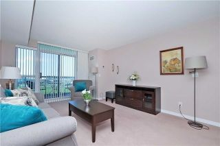 Photo 12: 812 340 W Watson Street in Whitby: Port Whitby Condo for sale : MLS®# E3365946