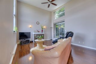 """Photo 3: 407 2225 HOLDOM Avenue in Burnaby: Central BN Townhouse for sale in """"Legacy"""" (Burnaby North)  : MLS®# R2549256"""