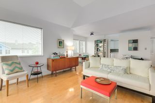 """Photo 7: 304 1665 ARBUTUS Street in Vancouver: Kitsilano Condo for sale in """"The Beaches"""" (Vancouver West)  : MLS®# R2612663"""