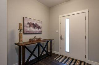 Photo 3: 2 1580 Glen Eagle Dr in Campbell River: CR Campbell River West Half Duplex for sale : MLS®# 886602