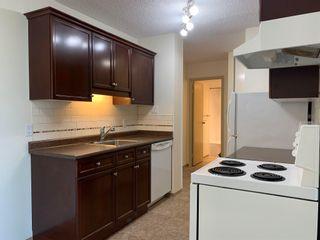 Photo 10: 604 12121 Jasper Avenue in Edmonton: Zone 12 Condo for sale : MLS®# E4248419