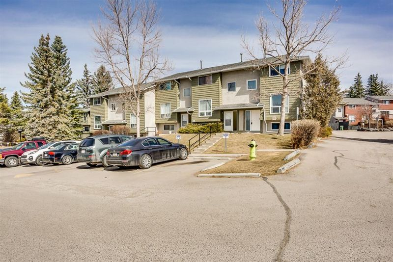 FEATURED LISTING: 96 - 6915 Ranchview Drive Northwest Calgary