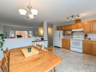Photo 12: 2800 Windermere Ave in CUMBERLAND: CV Cumberland House for sale (Comox Valley)  : MLS®# 829726