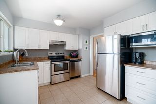 "Photo 7: 2023 HYANNIS Drive in North Vancouver: Blueridge NV House for sale in ""BLUERIDGE"" : MLS®# R2356994"