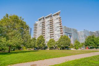 """Photo 36: 805 980 COOPERAGE Way in Vancouver: Yaletown Condo for sale in """"COOPERS POINTE by Concord Pacific"""" (Vancouver West)  : MLS®# R2614161"""