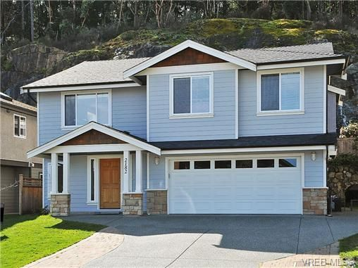 Main Photo: 2182 Longspur Dr in VICTORIA: La Bear Mountain House for sale (Langford)  : MLS®# 719568