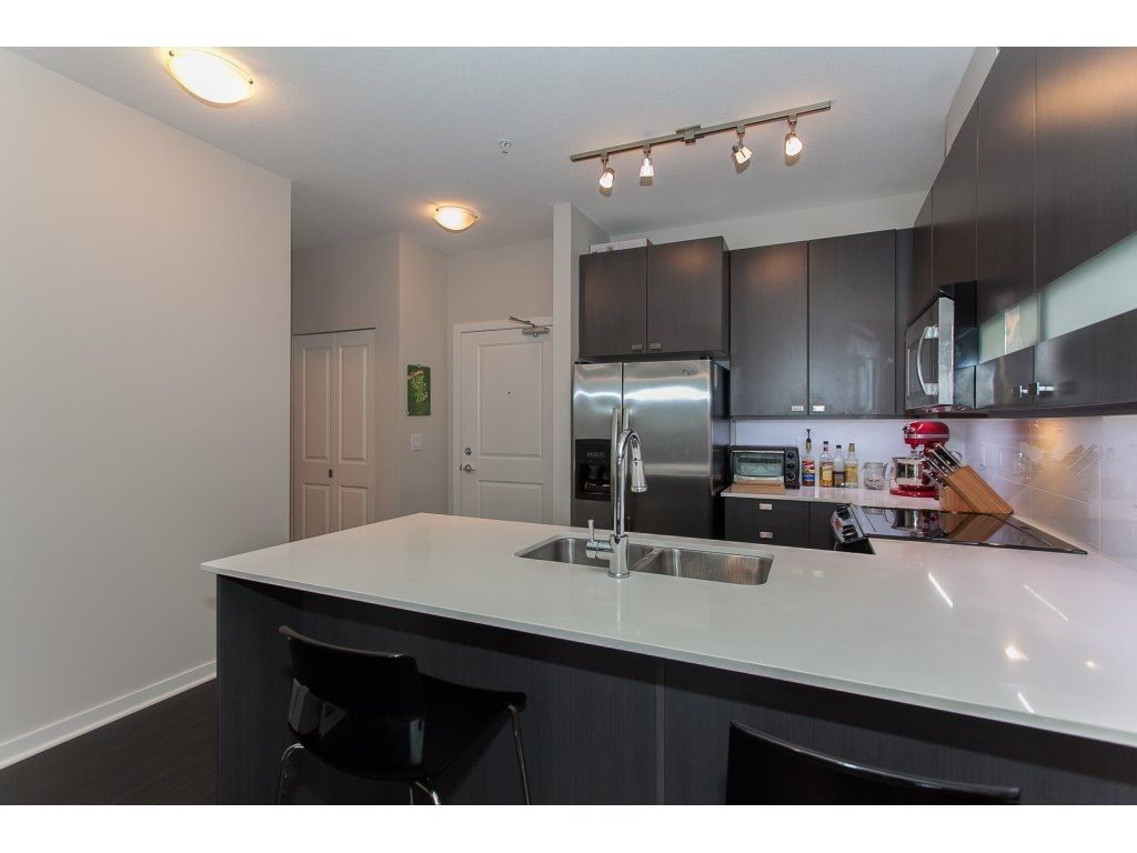 """Photo 11: Photos: 210 5655 210A Street in Langley: Salmon River Condo for sale in """"CORNERSTONE NORTH"""" : MLS®# R2152844"""