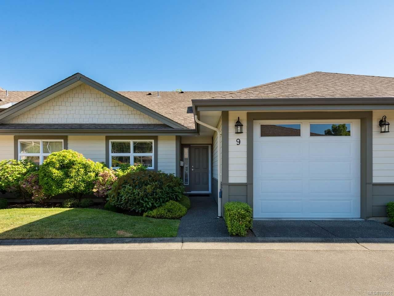 Main Photo: 9 1285 Guthrie Rd in COMOX: CV Comox (Town of) Row/Townhouse for sale (Comox Valley)  : MLS®# 787901
