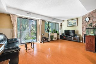 Photo 8: 7371 CAPISTRANO Drive in Burnaby: Montecito Townhouse for sale (Burnaby North)  : MLS®# R2615450