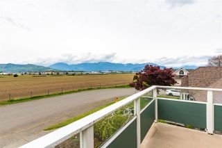 Photo 31: 7570 QUEEN Street in Chilliwack: Sardis East Vedder Rd House for sale (Sardis)  : MLS®# R2572918