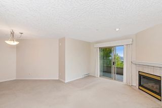 Photo 4: 302 3700 Carey Rd in : SW Gateway Condo for sale (Saanich West)  : MLS®# 859016
