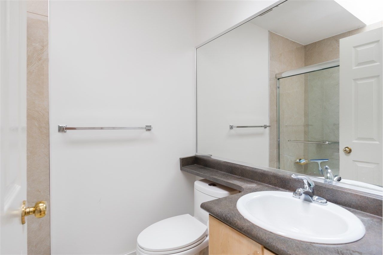 Photo 18: Photos: 5046 MANOR Street in Burnaby: Central BN 1/2 Duplex for sale (Burnaby North)  : MLS®# R2441372
