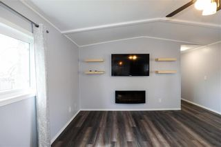 Photo 13: 14 Aspen One Drive in Steinbach: R16 Residential for sale : MLS®# 202112070