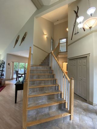 """Photo 10: 1002 PANORAMA Place in Squamish: Hospital Hill House for sale in """"Hospital Hill"""" : MLS®# R2502183"""