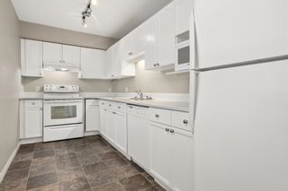 """Photo 3: 330 33173 OLD YALE Road in Abbotsford: Central Abbotsford Condo for sale in """"Sommerset Ridge"""" : MLS®# R2606476"""