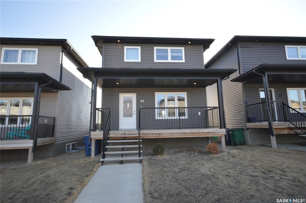 Main Photo: 63 Brigham Road in Moose Jaw: Westmount/Elsom Residential for sale : MLS®# SK846421