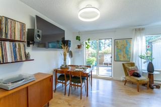 """Photo 5: 879 CUNNINGHAM Lane in Port Moody: North Shore Pt Moody Townhouse for sale in """"Woodside Village"""" : MLS®# R2604426"""
