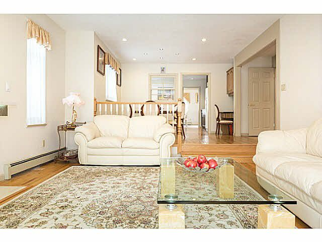 """Photo 12: Photos: 5825 MAPLE Street in Vancouver: Kerrisdale House for sale in """"KERRISDALE"""" (Vancouver West)  : MLS®# V1113298"""